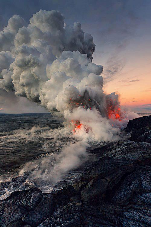 UnderwaterVolcanicEruption
